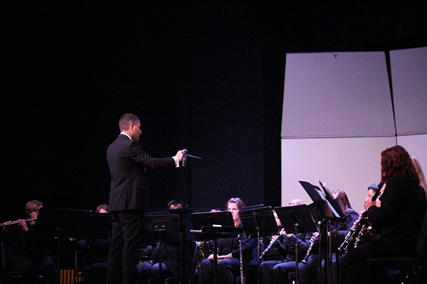 Southeastern Symphonic Winds performed a concert Wednesday, Nov. 16 directed by Dr. Michael Scheuerman