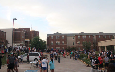 Block party welcomes students to campus