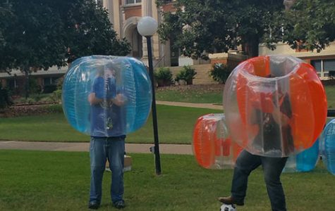 Student Life hosts bubble soccer game