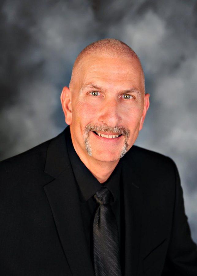 Oklahoma+Teacher+of+the+Year%2C+John+Hazell%2C+named+commencement+speaker