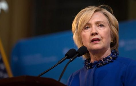 Clinton requests her security clearance be revoked